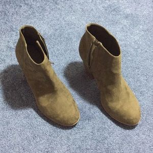 Size 10 dark green suede booties from Old Navy